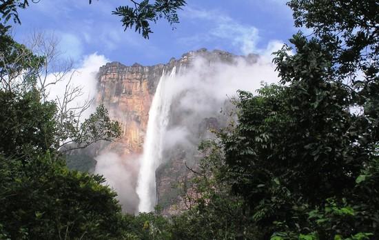 بزرگترین آبشار