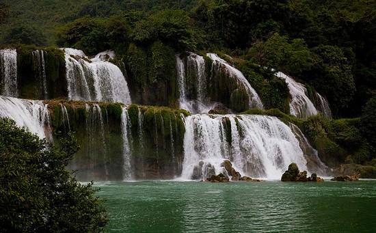 بزرگترین آبشارهای دنیا