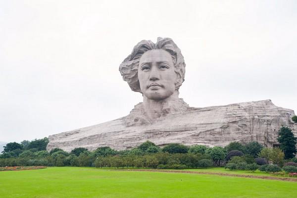 مجسمه جوان مائو زدونگ Youth Mao Zedong Statue