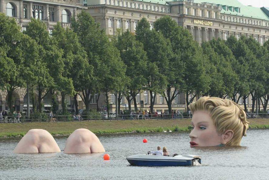 مجسمه Die Badende