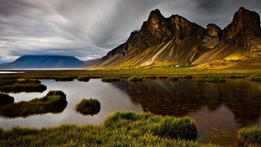 جزیره کوهستانی ایسلند