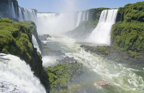 آبشار ایگوازو Iguazu ، آرژانتین