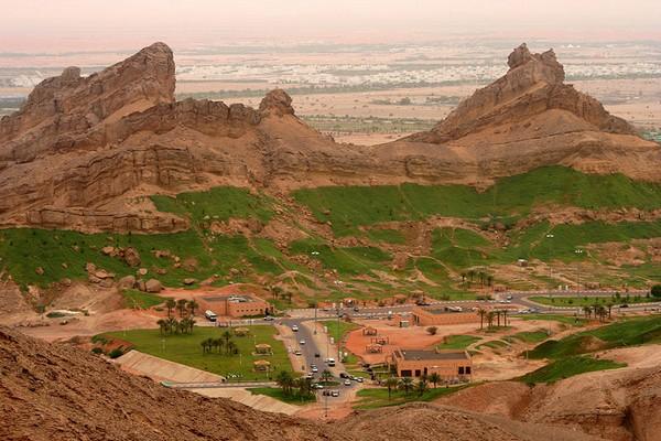 کوه دبی