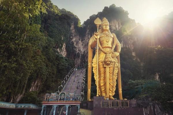 مجسمه لرد Murugan