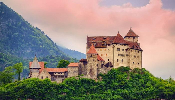 قلعه وادوز (لیختن اشتاین)