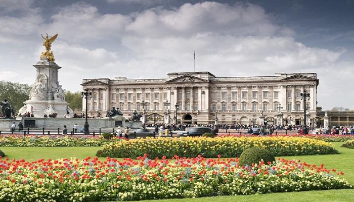 کاخ باکینگهام (انگلستان)