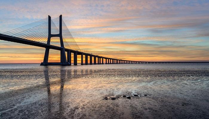 پل Vasco da Gama (لیسبون - پرتغال )