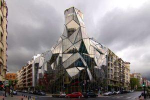 ۱۰ ساختمان شیشه ای شگفت انگیز جهان