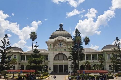 ایستگاه های راه آهن شگفت انگیز موزامبیک