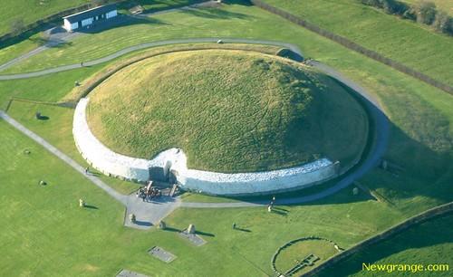 Newgrange، ایرلند