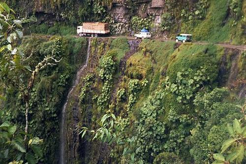 خطرناک ترین جاده جهان