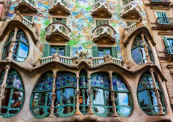 جاذبه شهر بارسلونا