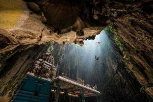 غار بودایی عجیب Batu مالزی