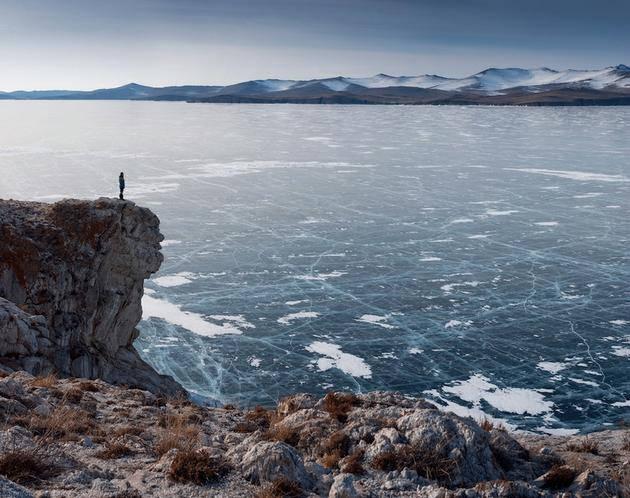دریاچه یخ زده روسیه