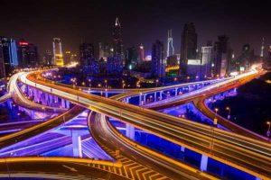 سفر به آینده از طریق بزرگراه های شانگهای، چین
