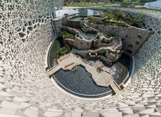 معماری های عجیب دنیا