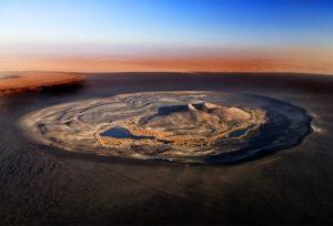 منطقه عجیب آتشفشانی Waw Namus  در صحرای لیبی