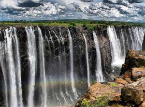 آبشار فوق العاده زیبای ویکتوریا در قاره آفریقا