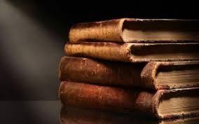 تفاوت مطالعه و دانلود کتاب تاریخی با دیگر کتاب ها در چیست؟